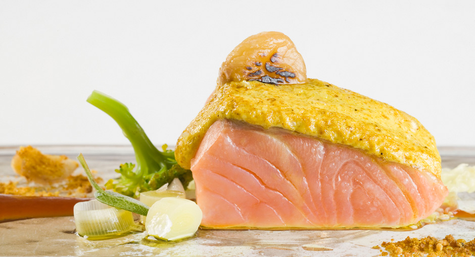 SALMON WITH CHESTNUTS AND CURRY EMULSION
